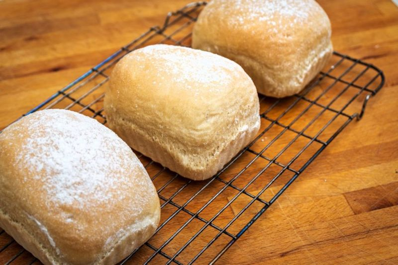Make Bread, Cool Baked Bread