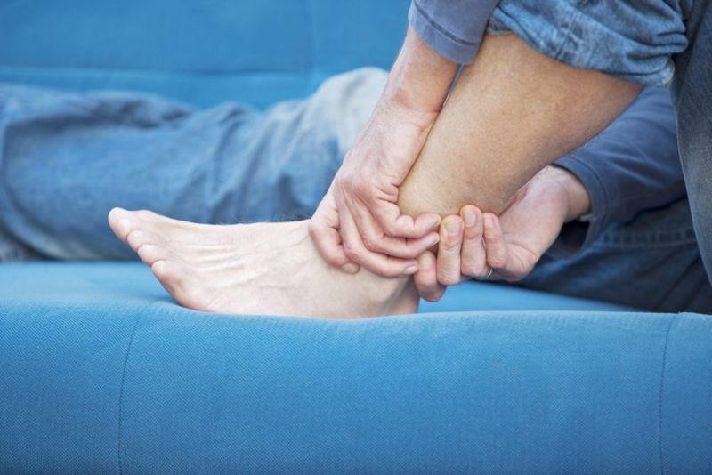 neuropathy numb tingling legs feet