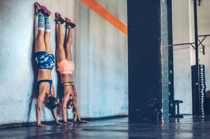handstand ulna shift