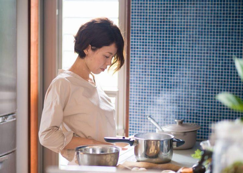 boiling pot stir