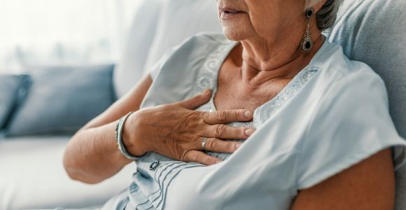 10 Heart Attack Symptoms Every Woman Should Know