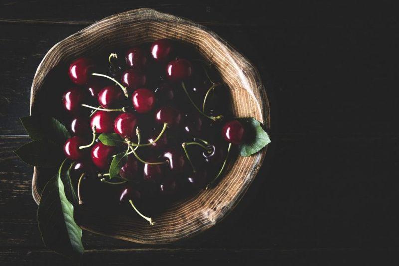 Cherries Reduce Gout