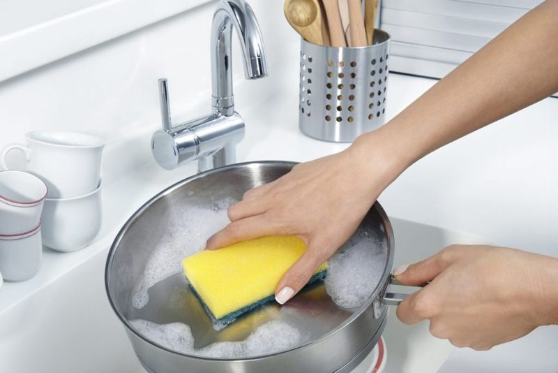 Make cleaning dishes easy