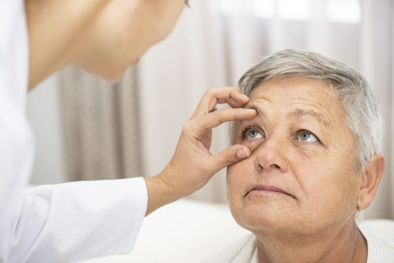 eye movements, focus, vision, blindness