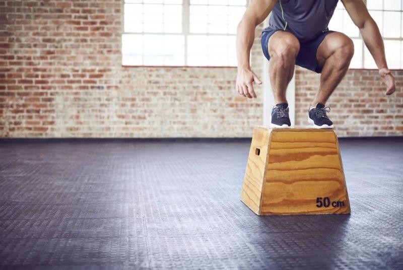 Box Squat Jumps Men Fat-Burning