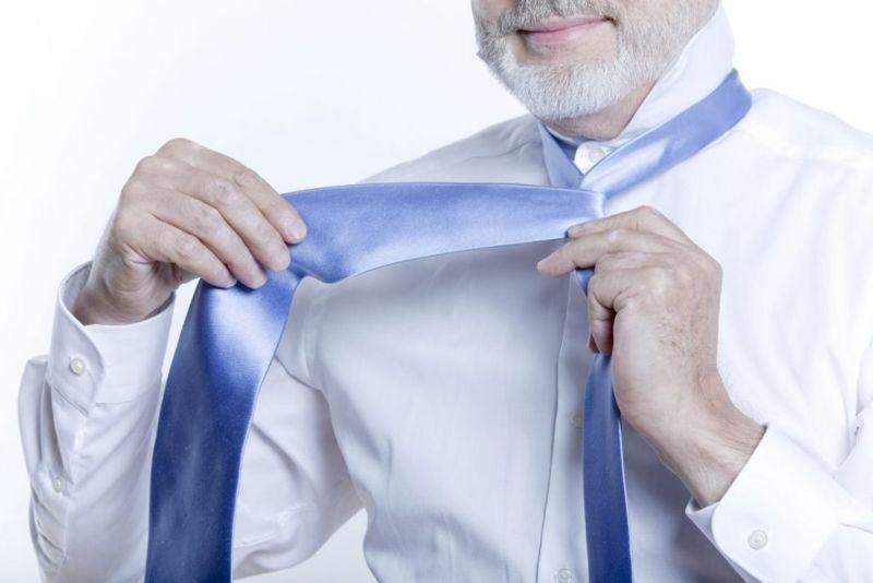 cross over wide end tie