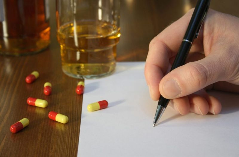 clues suicide note