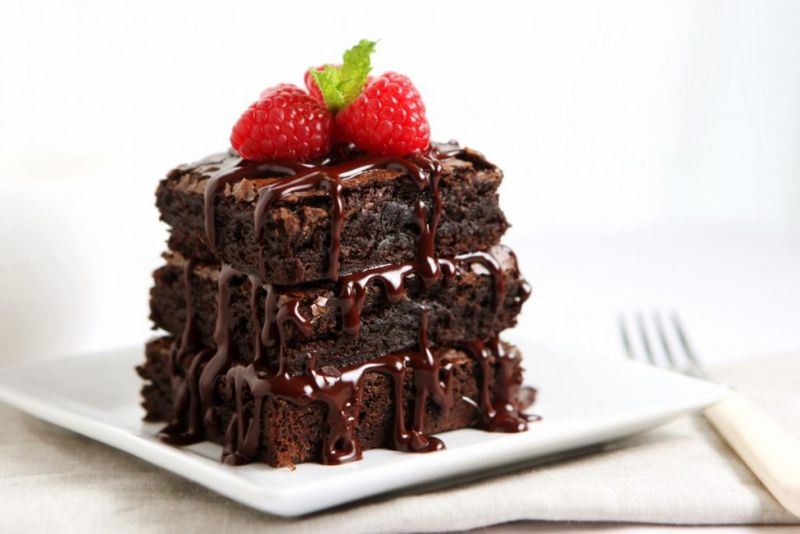 Chocolate brownies with icing