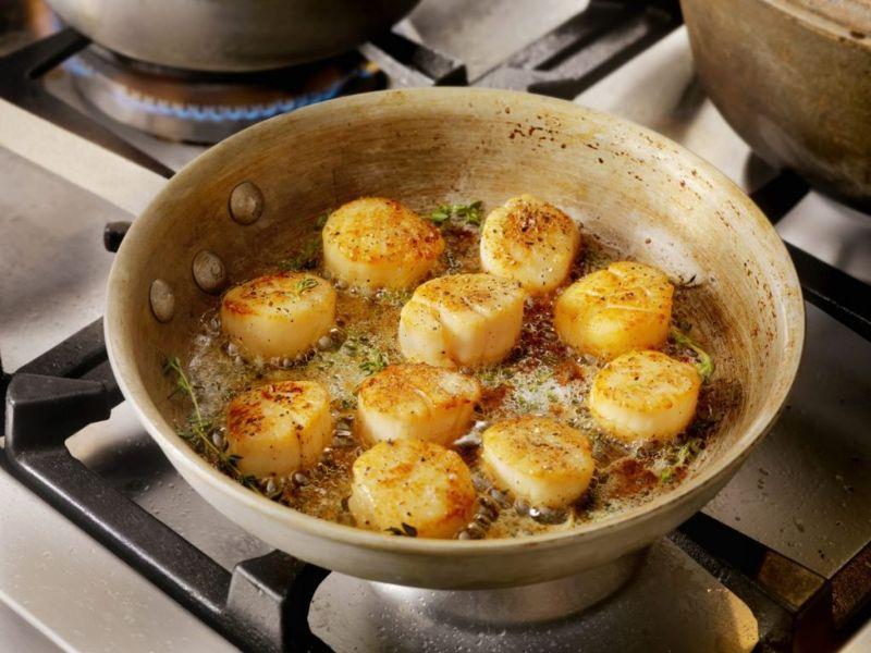 pan seared scallop