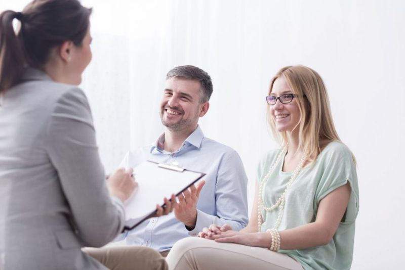psychotherapist critics research
