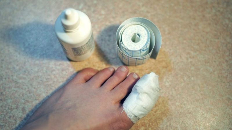 antibiotic cream ointment bandage