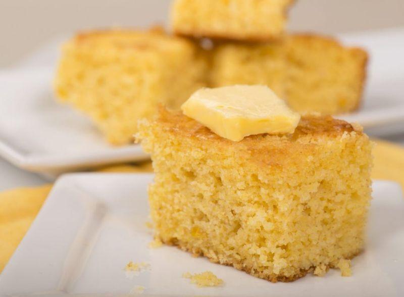 bake sweet cornbread