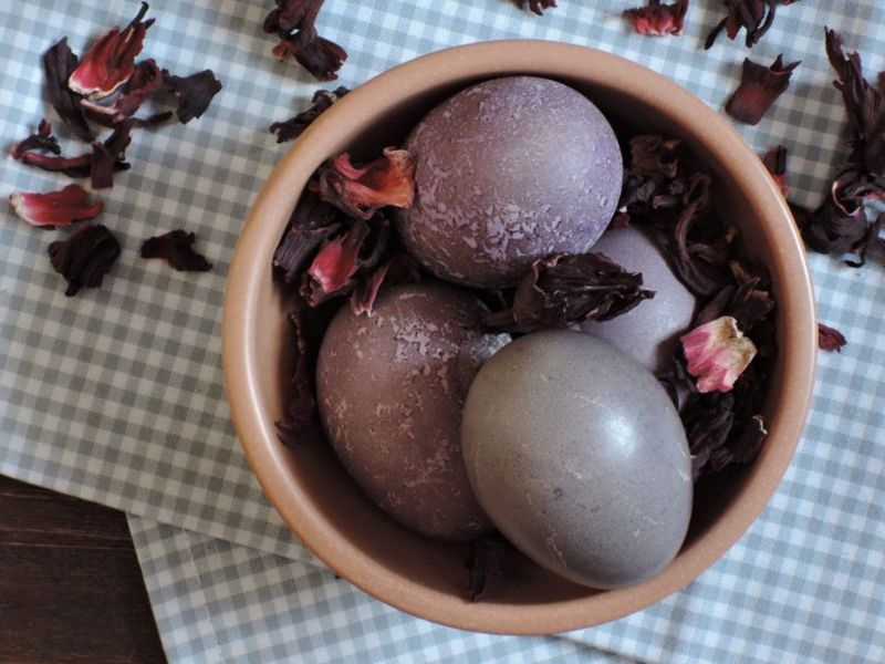 hibiscus flower natural dye easter