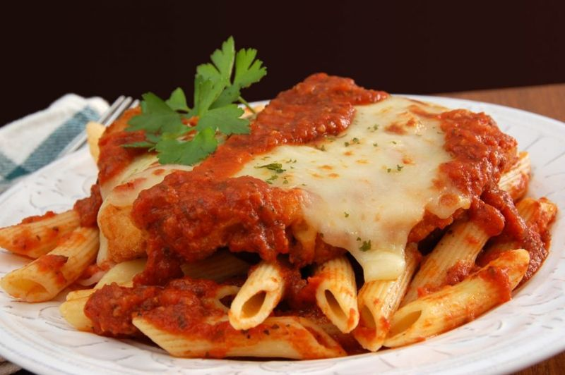 bubbly cheese chicken tomato sauce