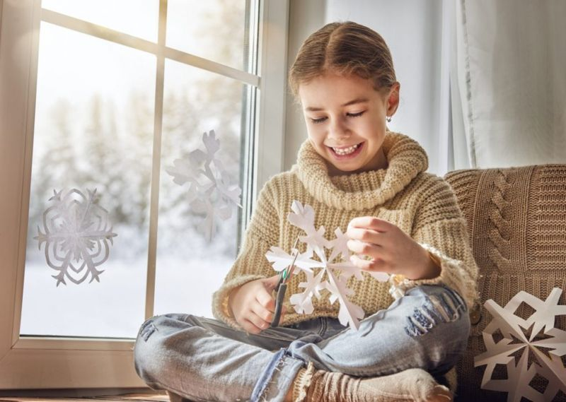 childrens paper snowflakes craft