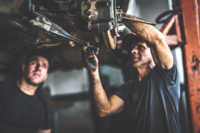 overhead motions auto mechanics