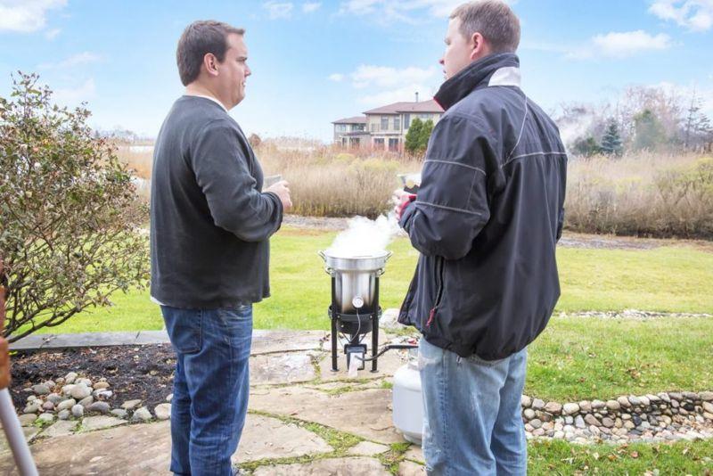 Turkey Fryer Outdoors Backyard Safety