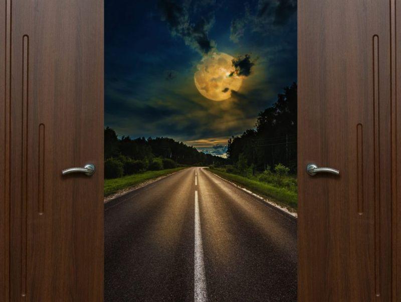 open door lucid dreaming