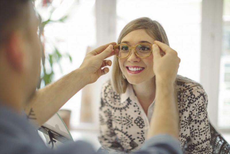 eyeglass prescription ophthalmologist