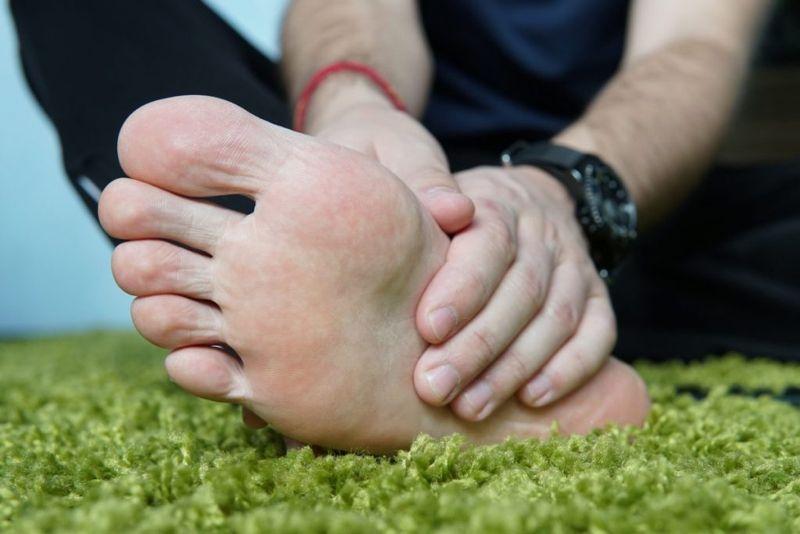 Tingling hands feet