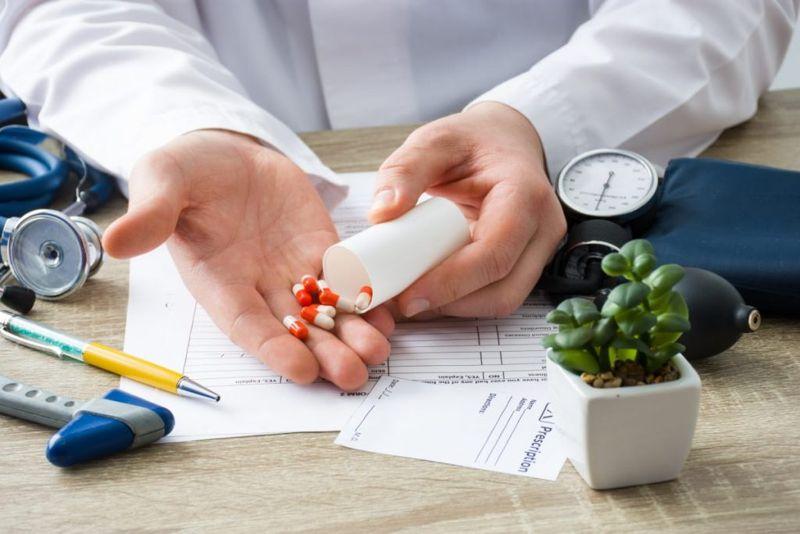 antiviral, medication, treatment, suppressive