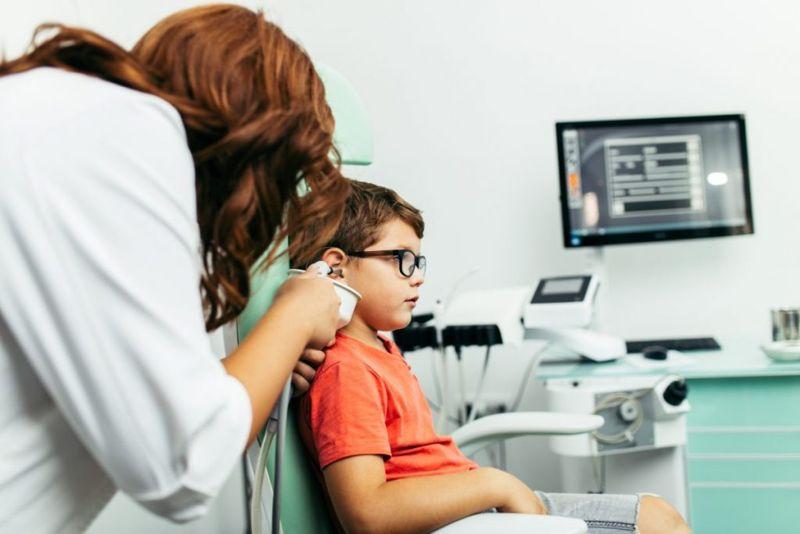 alport hearing vision loss