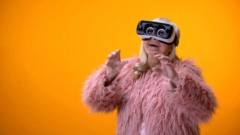 grandma VR headset