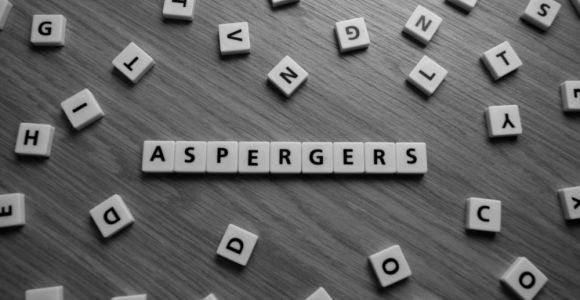 10 Signs of Asperger Syndrome