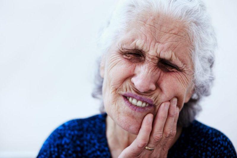 jaw pain tongue lesions necrosis