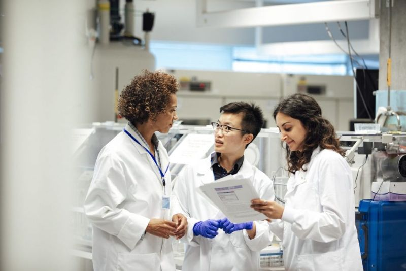 experts medical researchers