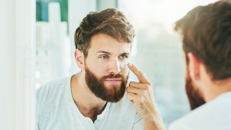 Moisturizing cream may reduce scaling