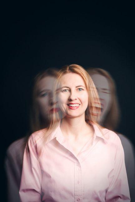 bipolar mood changes woman
