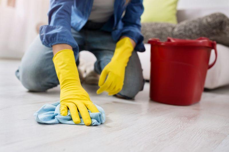 Hand Scrub Floor
