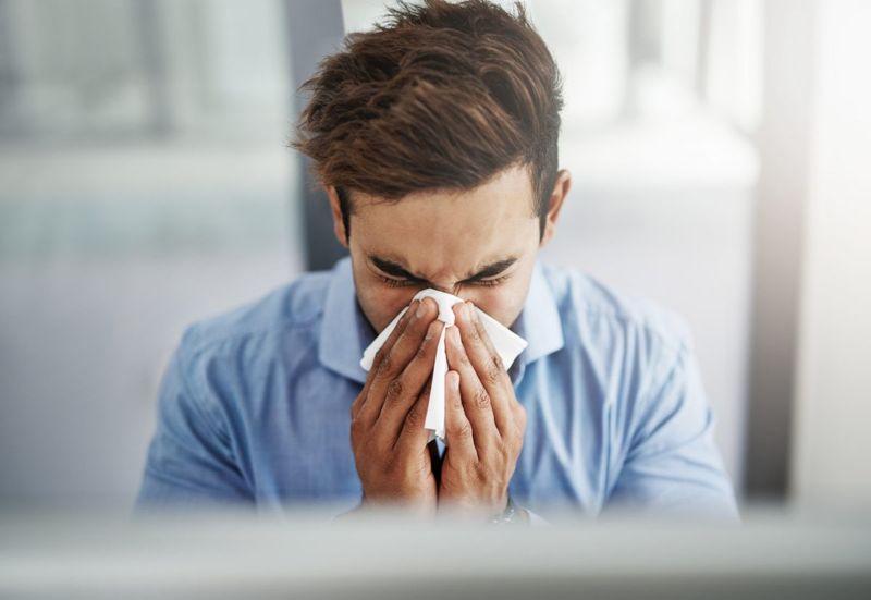 sneezing phase man tissue