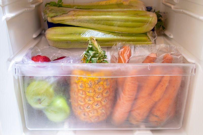 fruits vegetables fridge
