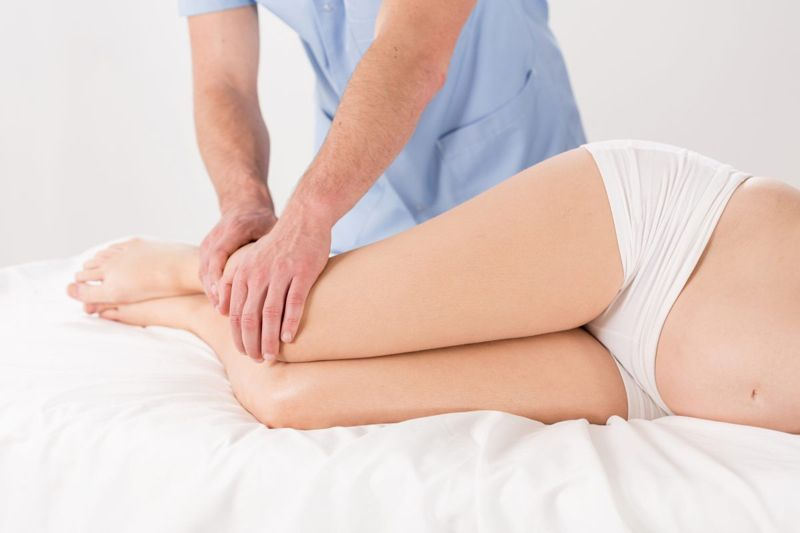 expectant mother leg massage edema