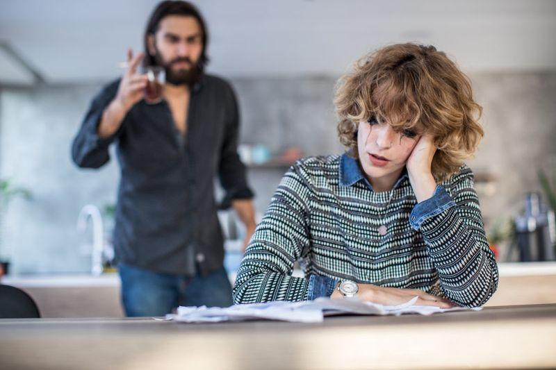 anxious avoidant dysfunctional relationship