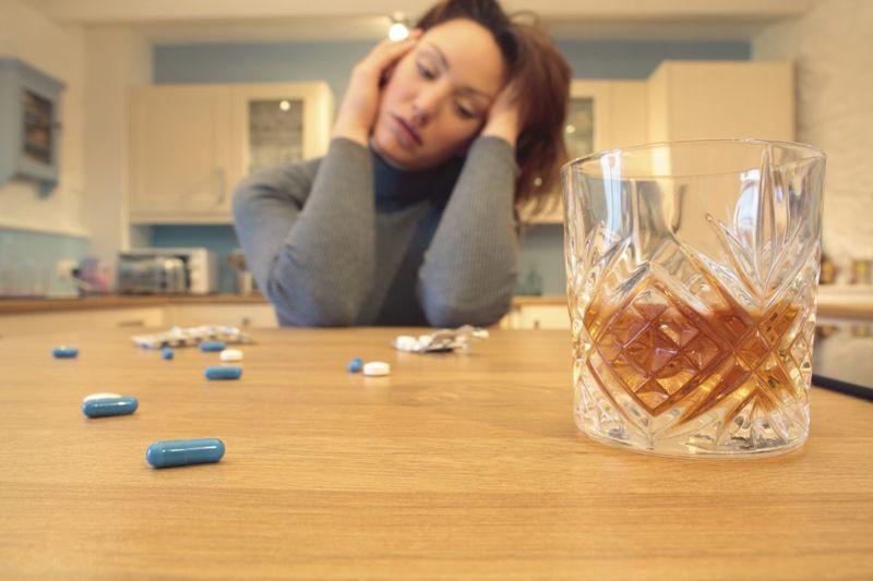 Drugs alcohol brain