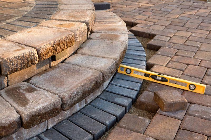 level pavers fire pit wall