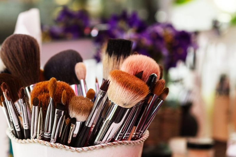 Clean makeup brushes fast