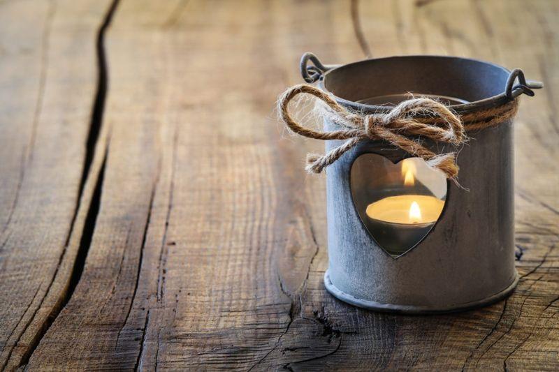 Romantic tin lantern