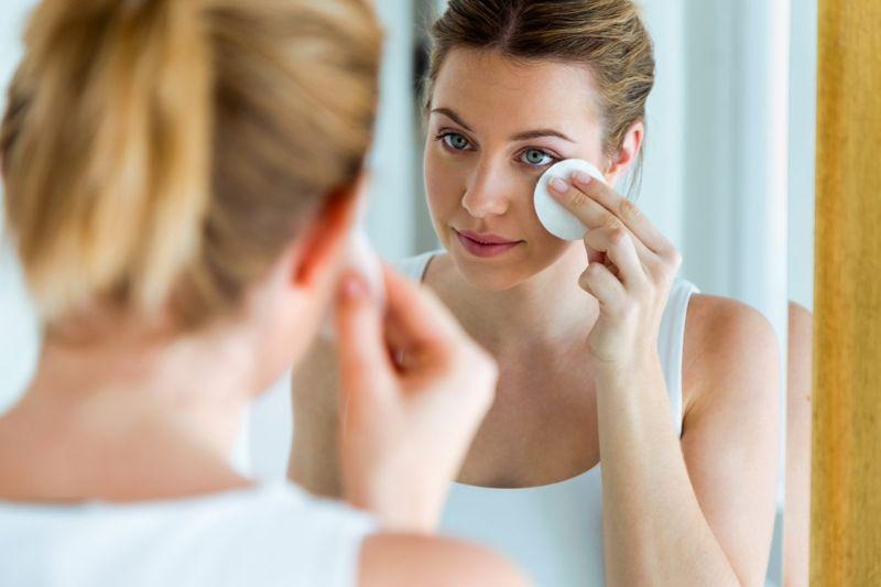 removing makeup pad