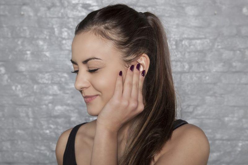 clogged ear pain