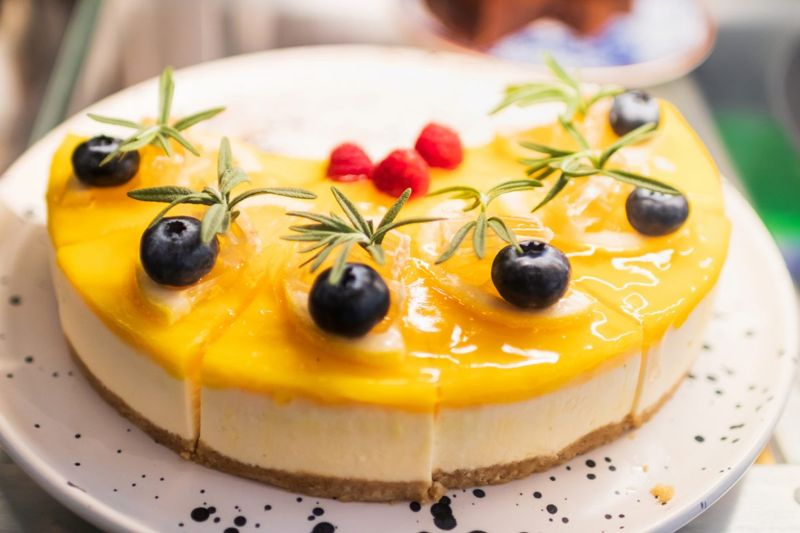curd top lemon cheesecake