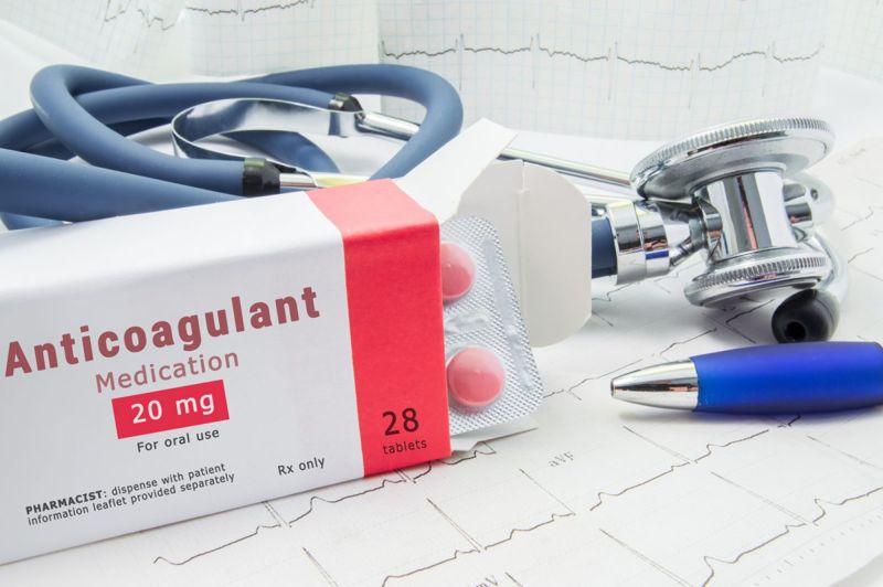 anticoagulant antibiotic debriding