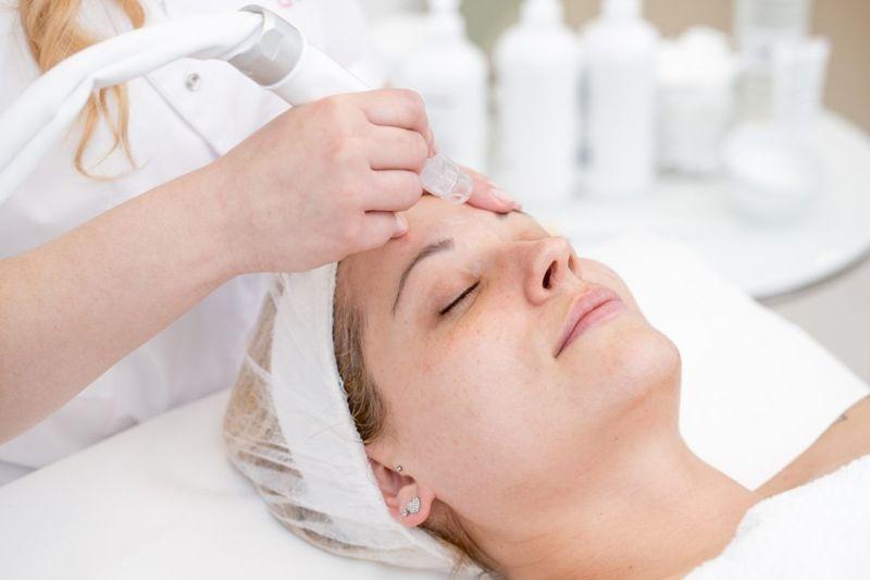 Microdermabrasion Dermatologist Doctor