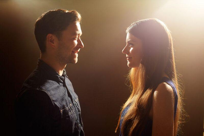 couple, facing, woman, man
