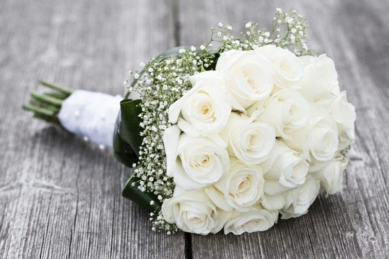bridal white roses