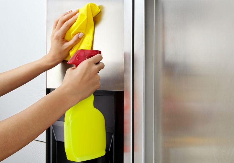 Clean appliance with club soda