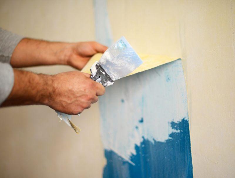Peeling off wallpaper